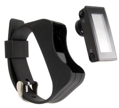 thanko-bluetooth-handset-digital-watch